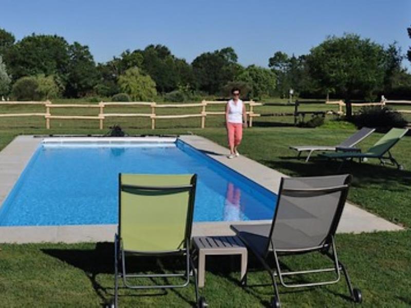 St Amand sur Sèvre-le petit Puy Loup-piscine.jpg_2