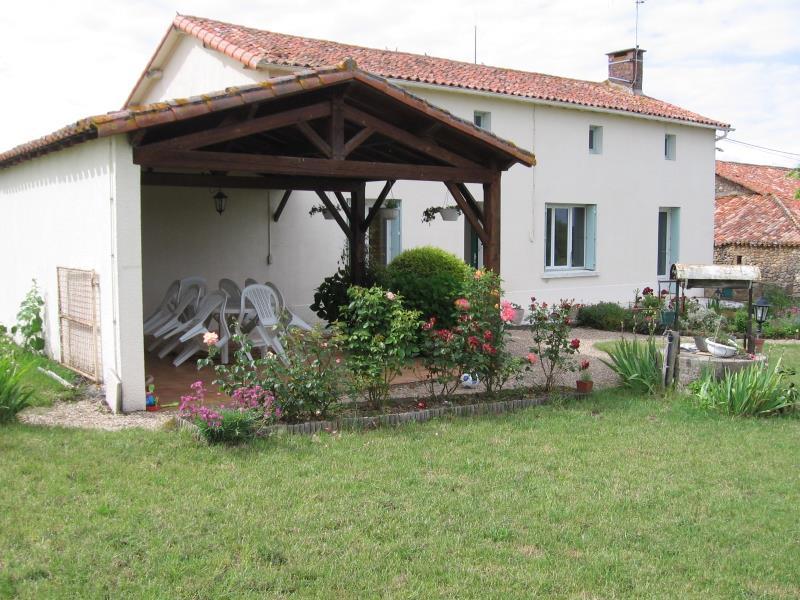 boisme-gite-puy-chevrier-facade1.jpg_6