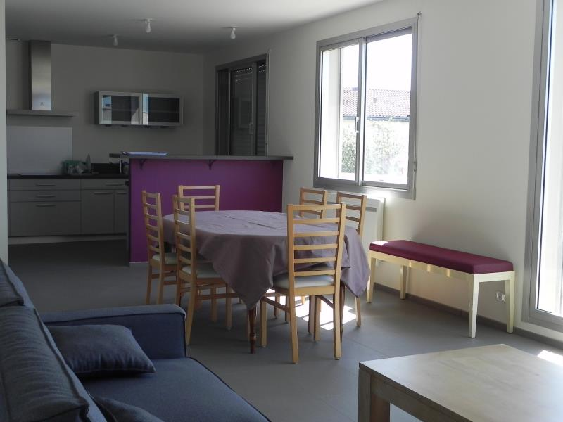 cerizay-appartement-lily-rose-salon-salle-a-manger