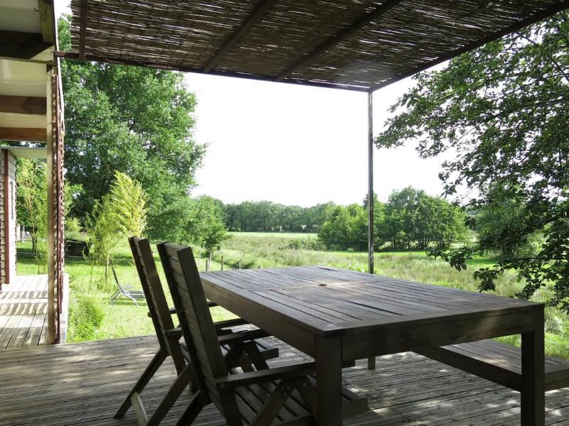 st-andre-sur-sevre-la-cabane-ultranature-terrasse